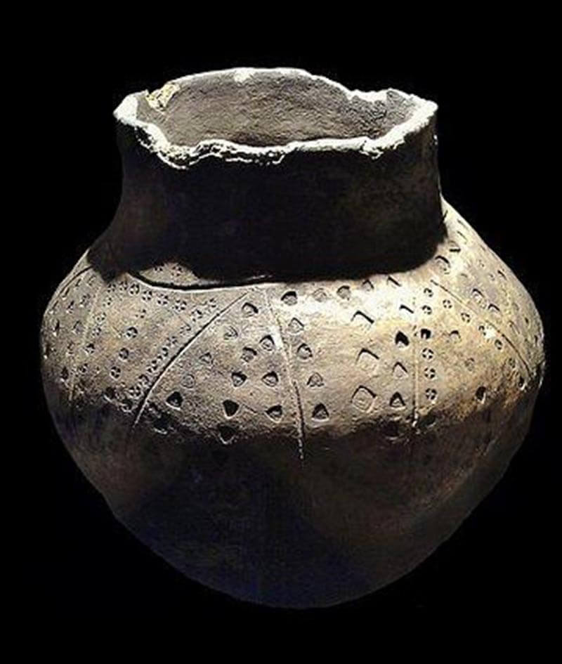 Anglo Saxon Funerary Urn